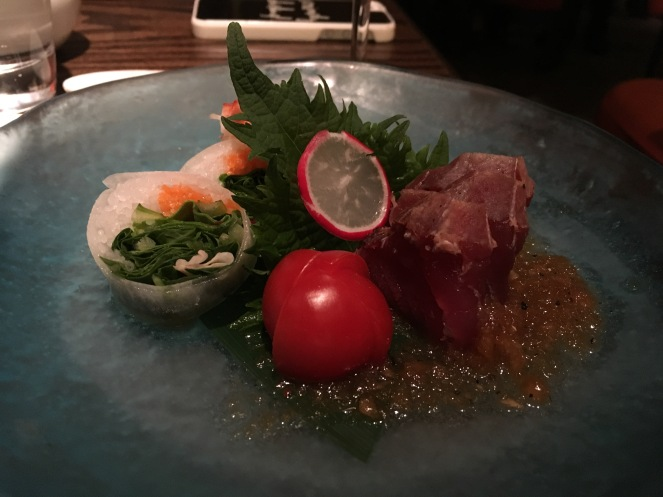 Spring rolls and tuna